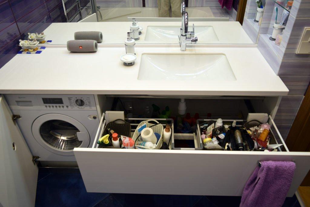 встроенная стирально-сушильная машина